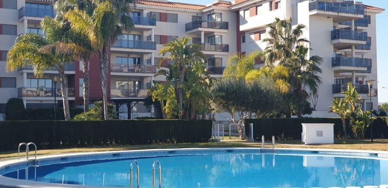 3 slaapkamer Penthouse te huur in El Vergel / Verger met zwembad - € 900 (Ref: 4378980)