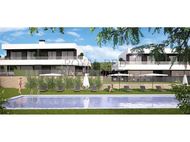 Chalet de 4 habitaciones en Mataró en venta con garaje - 645.000 € (Ref: 5238603)