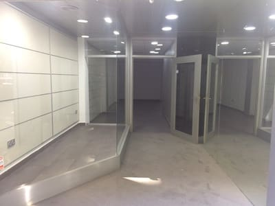 3 slaapkamer Commercieel te huur in Elche / Elx - € 600 (Ref: 5284357)