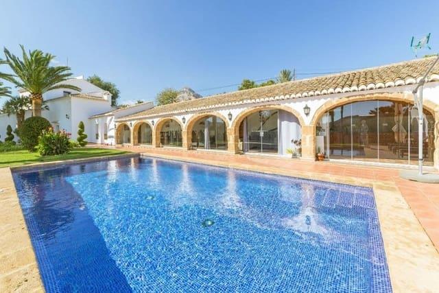 Chalet de 6 habitaciones en Javea / Xàbia en venta con piscina garaje - 925.000 € (Ref: 5889127)