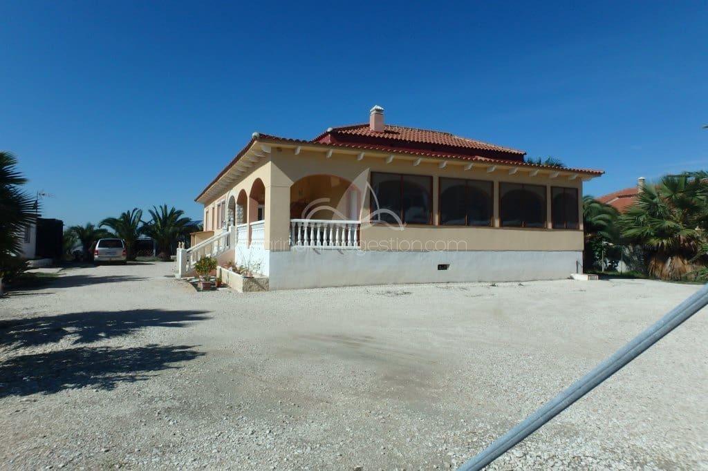 3 bedroom Finca/Country House for sale in La Hoya - € 283,000 (Ref: 6250682)