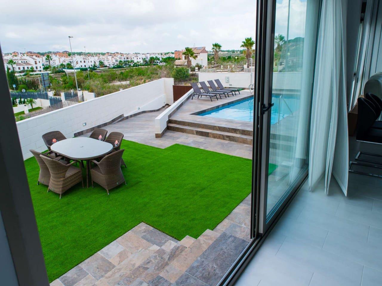 Chalet de 3 habitaciones en Orihuela en venta - 387.900 € (Ref: 4197505)