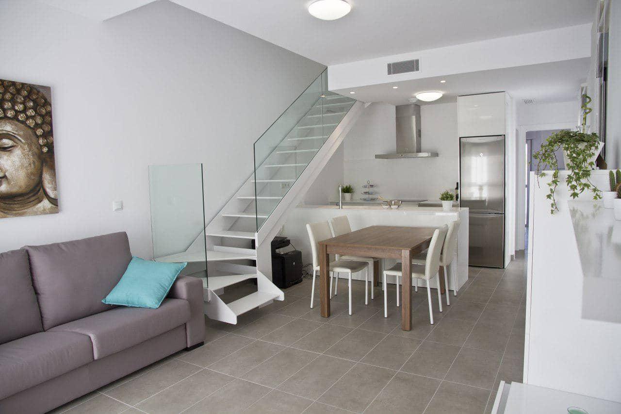 Apartamento de 3 habitaciones en Pilar de la Horadada en venta - 260.000 € (Ref: 5050794)