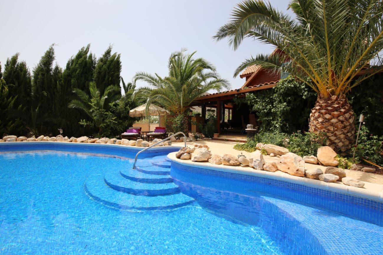 Chalet de 6 habitaciones en La Canalosa en venta con garaje - 549.950 € (Ref: 5384118)