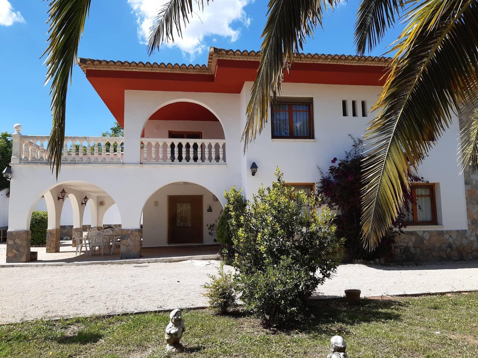 4 bedroom Villa for sale in Ontinyent - € 190,000 (Ref: 5325061)