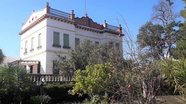 6 bedroom Villa for sale in Albaida - € 280,000 (Ref: 5592303)