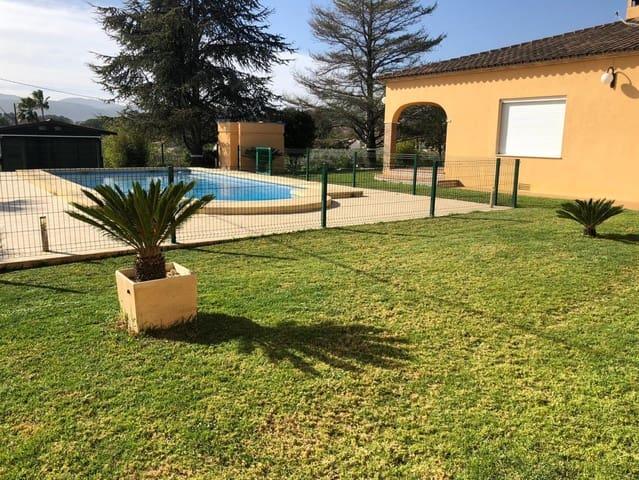 4 bedroom Villa for sale in Ontinyent with garage - € 300,000 (Ref: 5607028)
