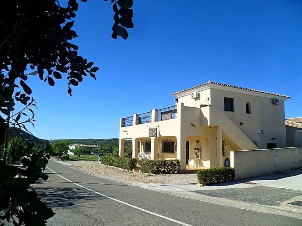 2 bedroom Commercial for sale in Sorbas - € 295,000 (Ref: 5374984)