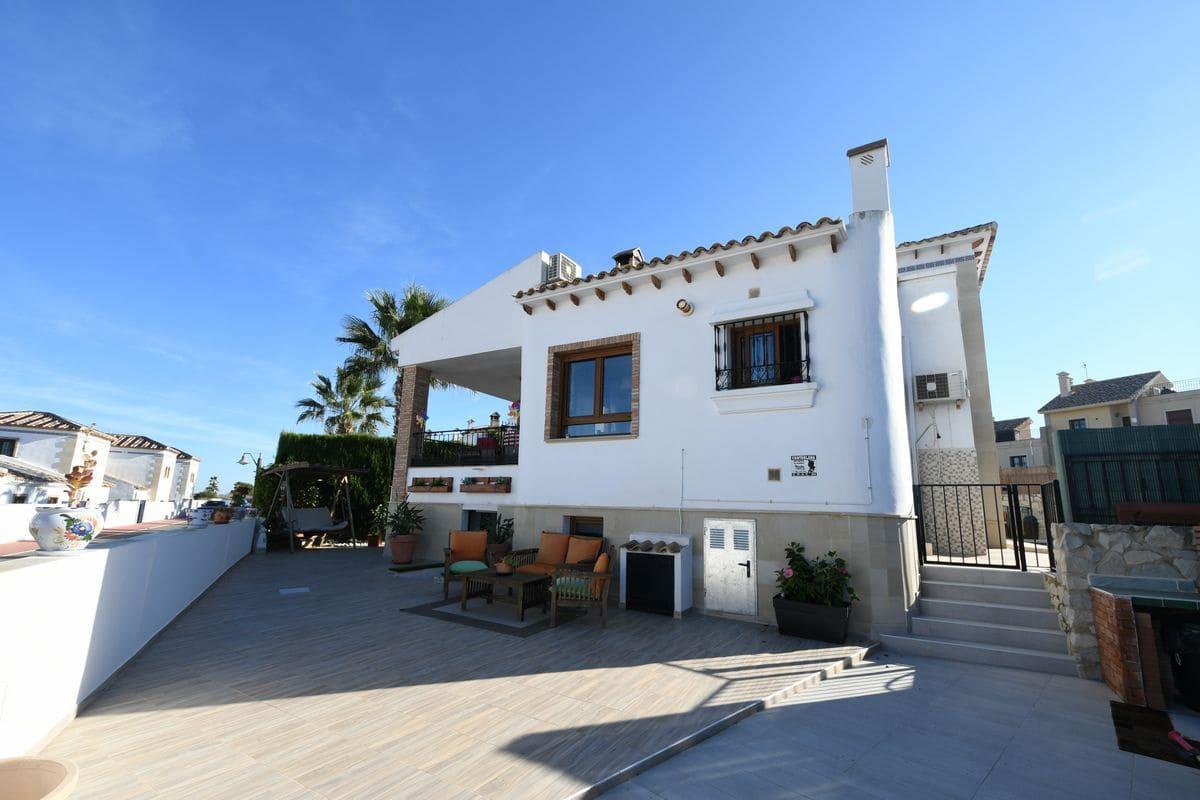 6 bedroom Villa for sale in Algorfa with pool garage - € 379,000 (Ref: 5154170)