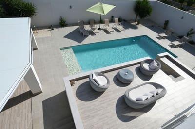 Chalet de 4 habitaciones en Ciudad Quesada en venta con piscina - 419.000 € (Ref: 5154197)