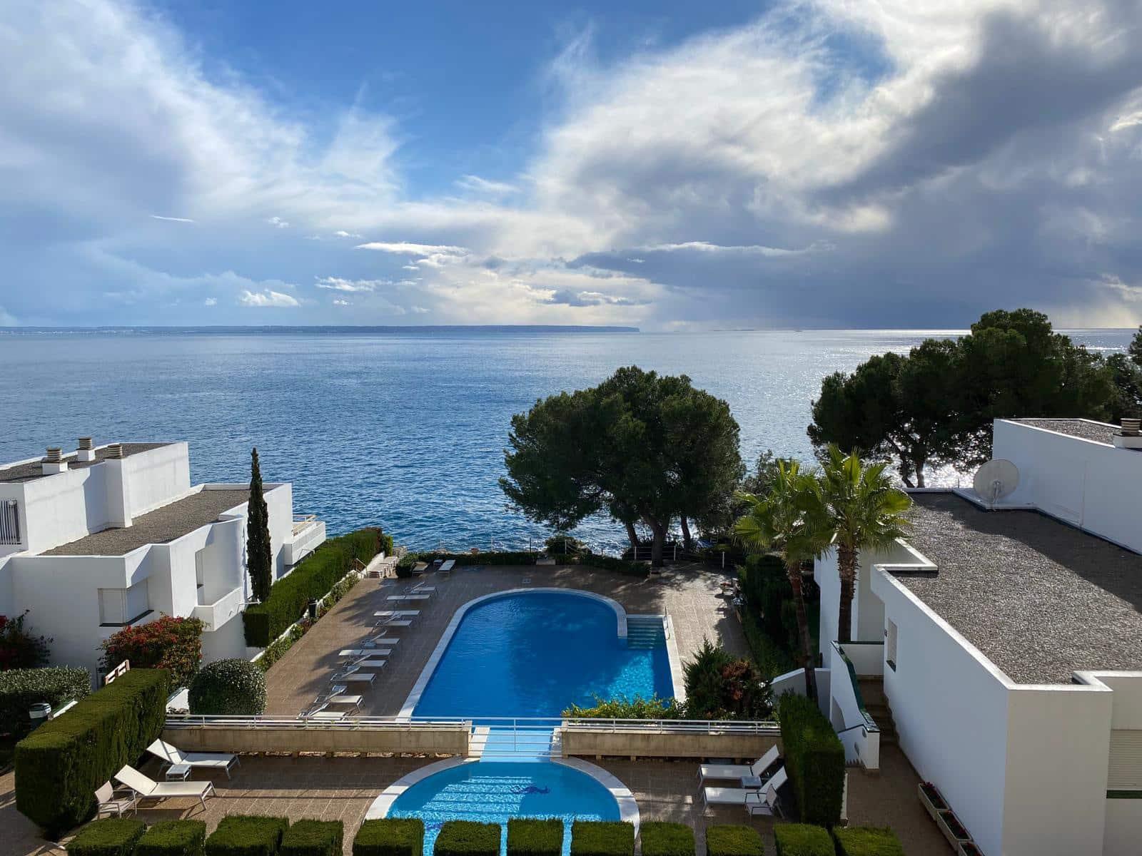 2 slaapkamer Appartement te huur in Illetas met zwembad - € 2.400 (Ref: 5853385)