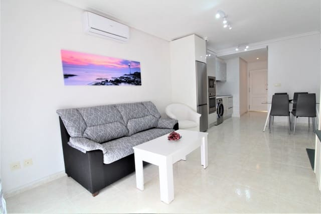 2 bedroom Apartment for holiday rental in Torrevieja with pool - € 420 (Ref: 5925257)