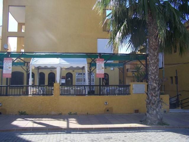 Bar/Restaurante en La Mata en venta - 350.000 € (Ref: 3562268)