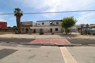 4 bedroom Commercial for sale in Guardamar del Segura - € 650,000 (Ref: 4581592)