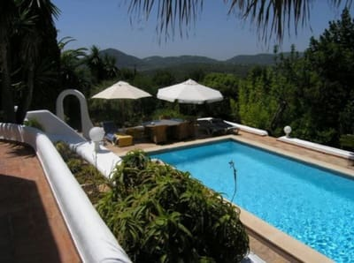3 bedroom Finca/Country House for sale in Cala Llonga with pool - € 1,300,000 (Ref: 5451736)