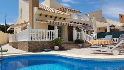 Chalet de 4 habitaciones en Playa Flamenca en venta con piscina garaje - 495.000 € (Ref: 3133793)