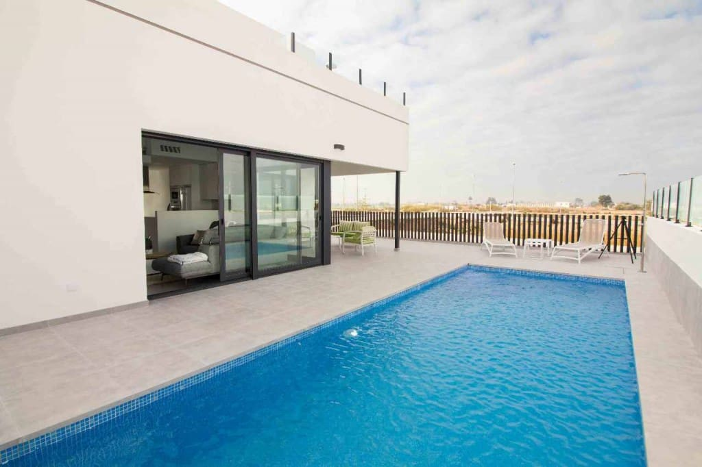 3 bedroom Villa for sale in Dolores with pool garage - € 239,000 (Ref: 4951492)
