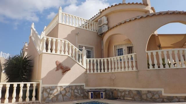 3 bedroom Villa for sale in Rojales with pool - € 215,000 (Ref: 4951530)