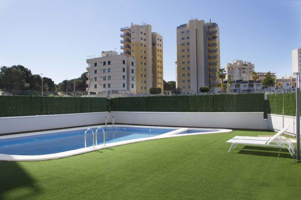 2 bedroom Apartment for sale in Guardamar del Segura with pool - € 136,500 (Ref: 5090294)