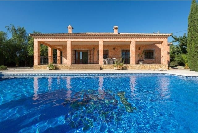 4 chambre Villa/Maison à vendre à San Bartolome avec piscine - 319 000 € (Ref: 5749992)