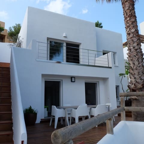 3 sovrum Hus till salu i Cala Vadella med pool - 795 000 € (Ref: 3840570)