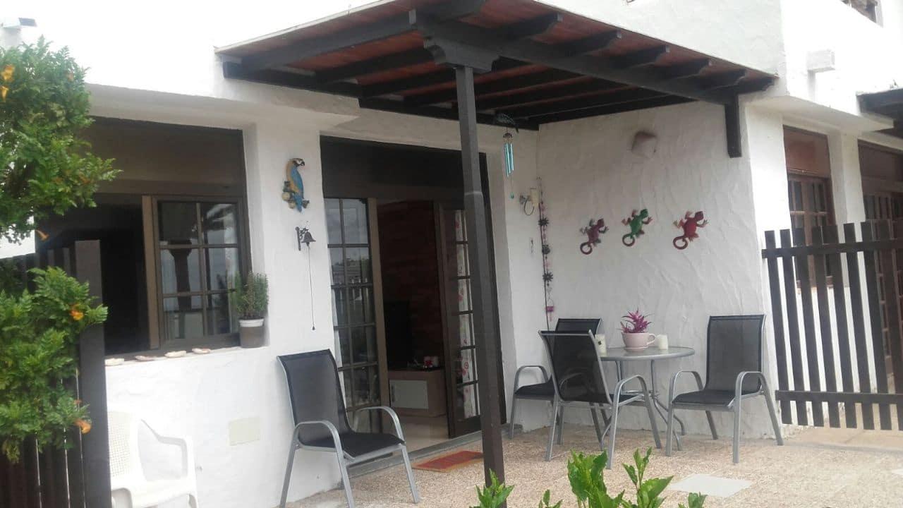 2 slaapkamer Huis te huur in Puerto Rico met zwembad - € 900 (Ref: 3578601)