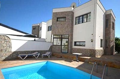 Chalet de 3 habitaciones en Amadores en venta con piscina garaje - 420.000 € (Ref: 4487559)