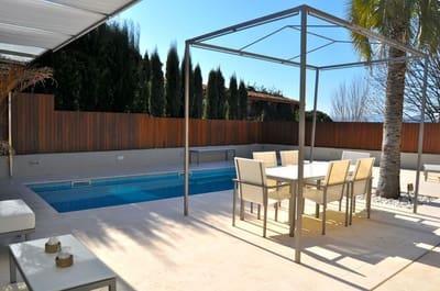 Pareado de 5 habitaciones en Girona ciudad en venta con piscina garaje - 830.000 € (Ref: 3101757)