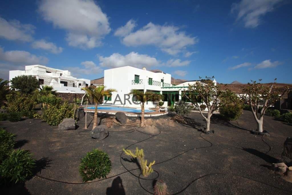 4 soverom Finca/Herregård til salgs i Las Brenas med svømmebasseng - € 477 000 (Ref: 5548668)
