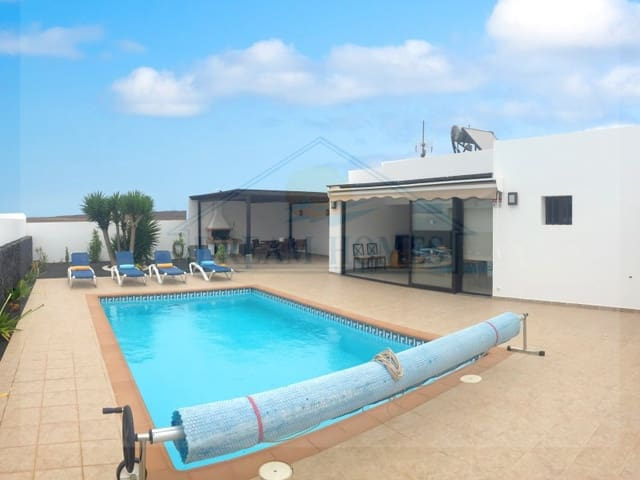 3 quarto Moradia para arrendar em Playa Blanca com piscina - 1 800 € (Ref: 6027738)