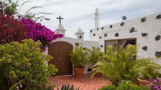4 soveværelse Villa til salg i Masdache med garage - € 500.000 (Ref: 5983704)
