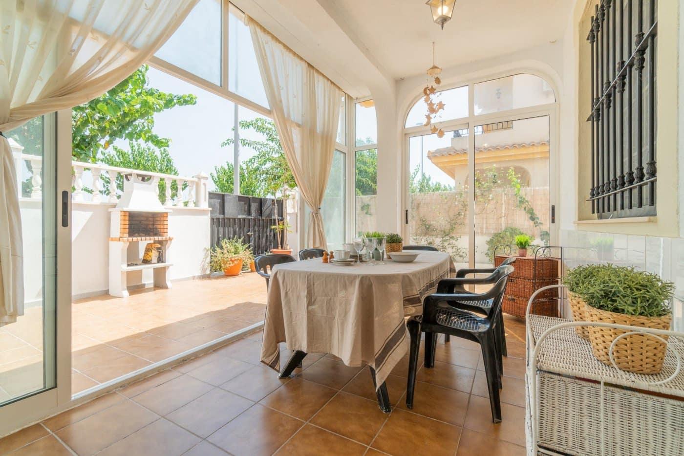 Apartamento de 3 habitaciones en Pilar de la Horadada en venta - 159.900 € (Ref: 4979386)