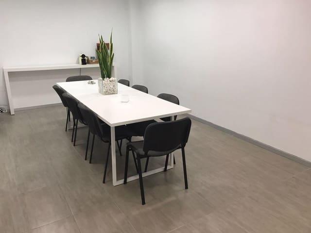 Comercial para arrendar em Vinaros - 500 € (Ref: 6192230)