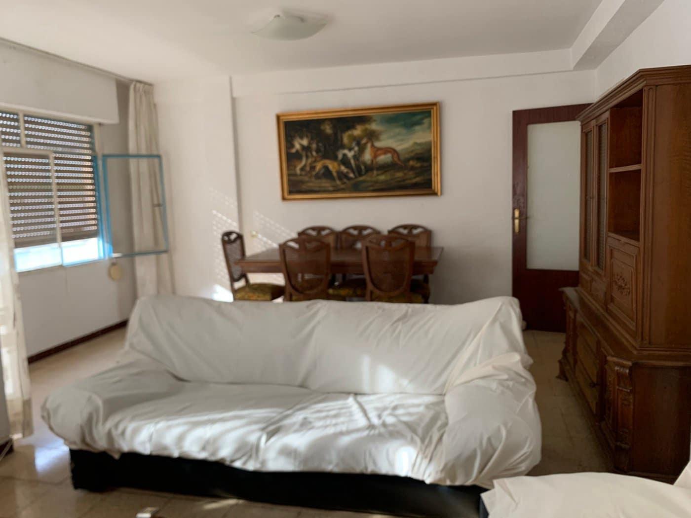 3 bedroom Flat for sale in Vinaros - € 47,000 (Ref: 6192234)