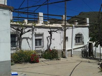 2 Zimmer Doppelhaus zu verkaufen in Gergal - 65.000 € (Ref: 3592811)