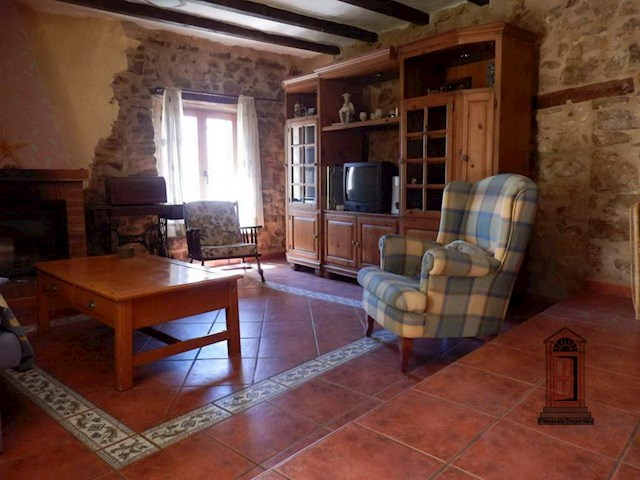 4 chambre Chambres d'Hôtes/B&B à vendre à Rossell - 160 000 € (Ref: 3595081)