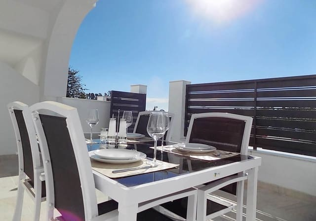 2 Zimmer Ferienhaus in La Reserva mit Pool - 400 € (Ref: 5247627)