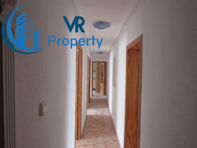 3 bedroom Apartment for sale in Alicante / Alacant city - € 45,000 (Ref: 5952119)