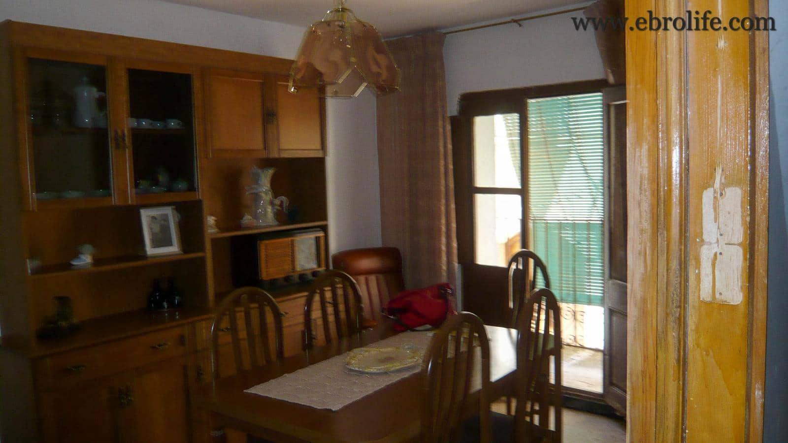4 soveværelse Villa til salg i Fabara - € 22.000 (Ref: 5742849)