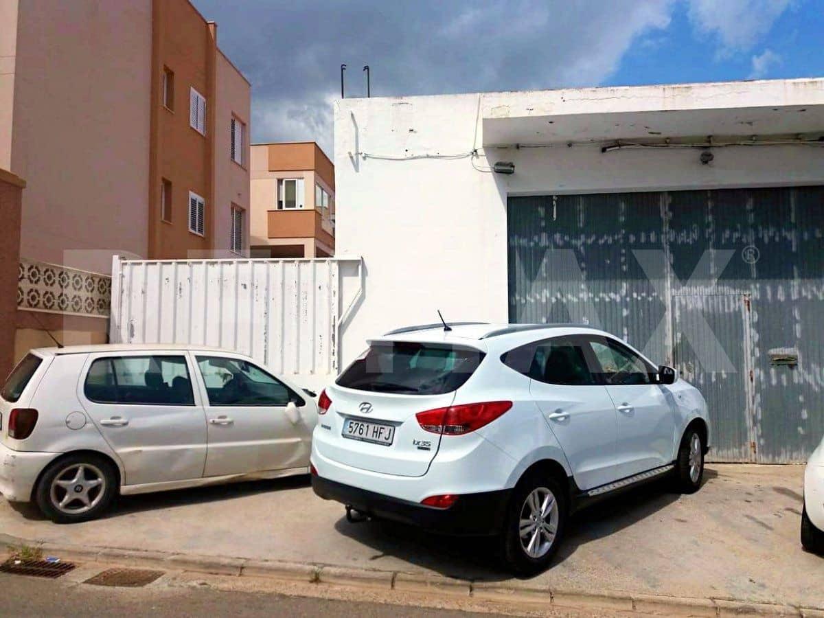 Komercyjne do wynajęcia w Miasto Ibiza / Eivissa - 1 800 € (Ref: 4751011)