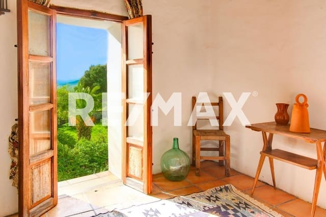 5 soverom Rekkehus til salgs i Sant Llorenc de Balafia - € 1 700 000 (Ref: 5261639)