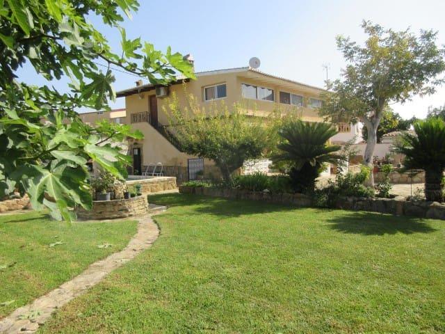 Hus til salgs i Benicolet - € 225 000 (Ref: 4612490)
