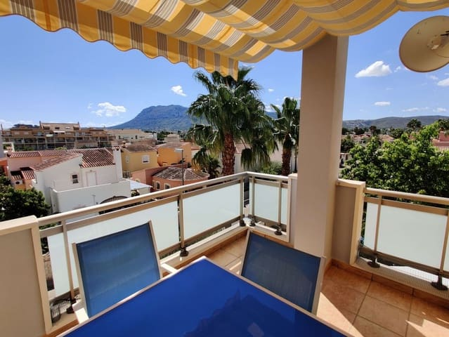 3 bedroom Apartment for rent in Denia with pool - € 775 (Ref: 4159191)