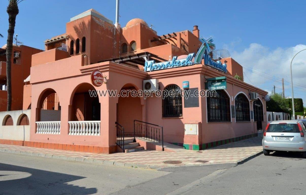 Komercyjne na sprzedaż w Los Alcazares - 130 000 € (Ref: 4088825)