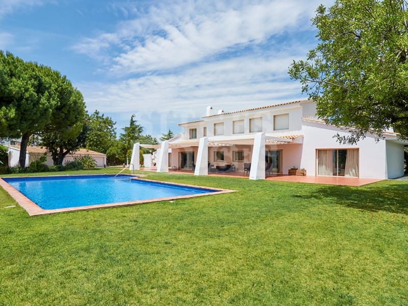 5 bedroom Villa for sale in Sant Pere de Ribes with pool garage - € 3,950,000 (Ref: 4623968)