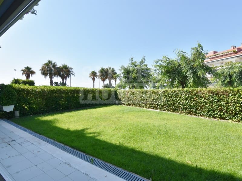 4 bedroom Flat for rent in Sitges with garage - € 3,500 (Ref: 4731271)