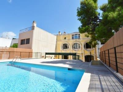5 Zimmer Villa zu verkaufen in Vilanova i la Geltru mit Pool - 730.000 € (Ref: 5237696)