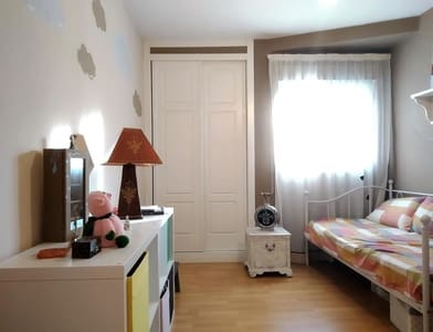 Piso de 3 habitaciones en Gijón en venta - 99.900 € (Ref: 5267244)