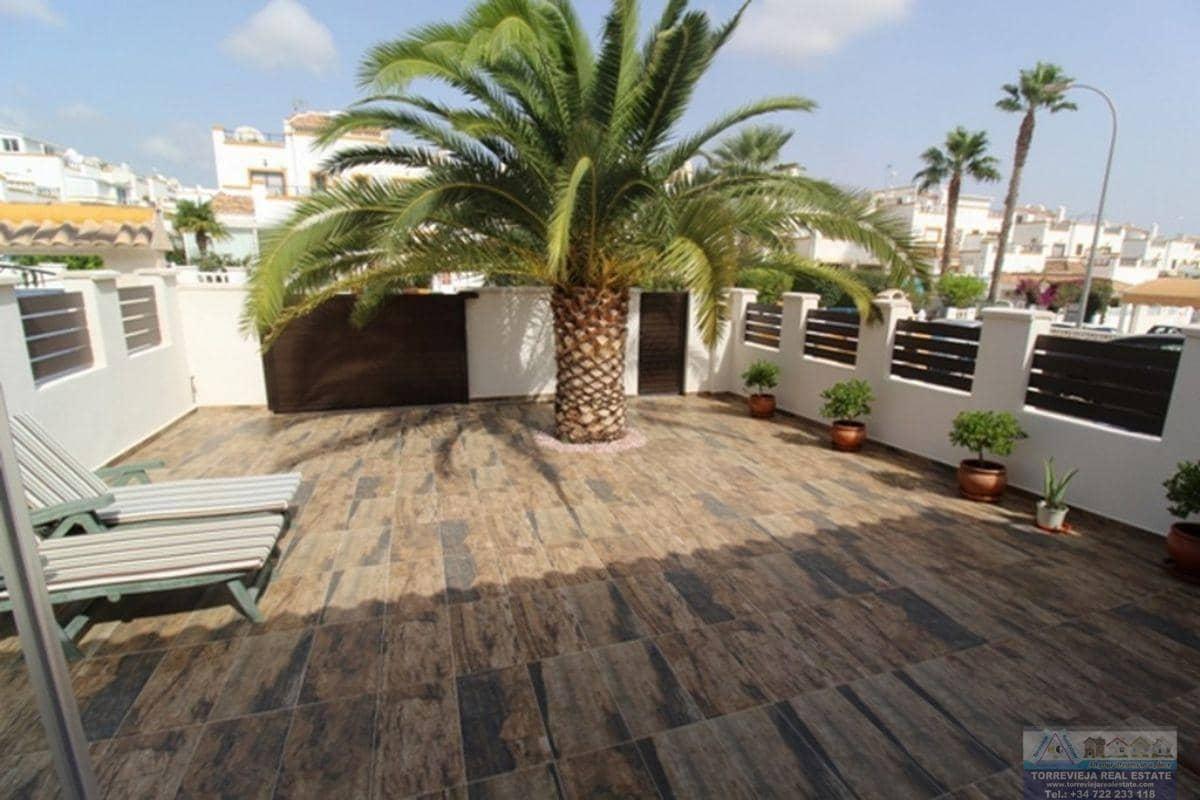 Chalet de 3 habitaciones en Playa Flamenca en venta con piscina garaje - 187.000 € (Ref: 4862825)