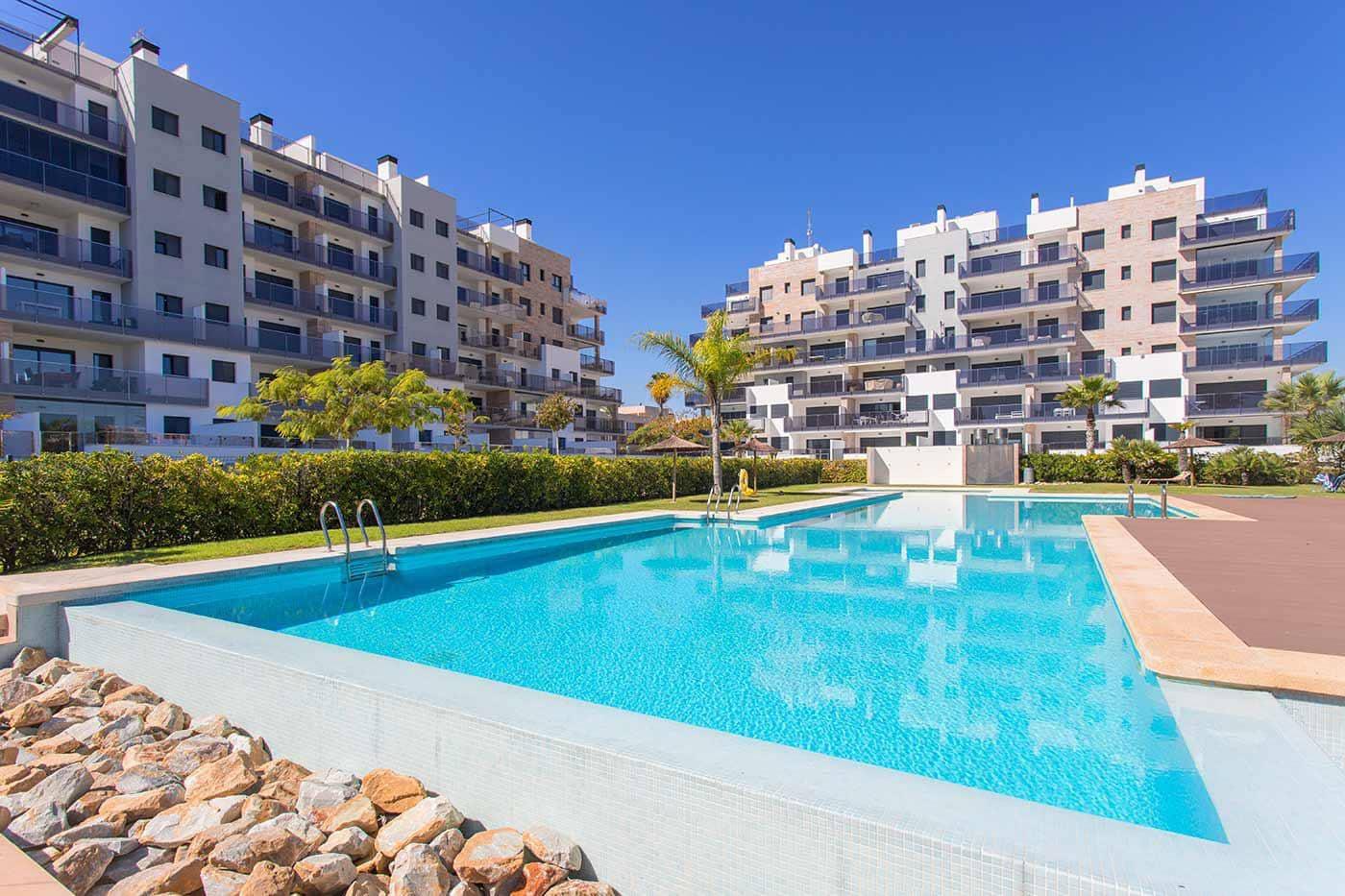Piso de 3 habitaciones en Pilar de la Horadada en venta con piscina - 550.000 € (Ref: 3456451)